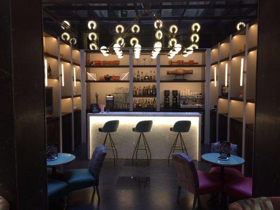 Radisson Blu Hotel, Madrid Prado: Hotel Bar