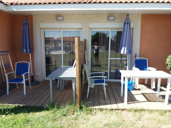 Salleles-d'Aude, Франция: 2 terrasses pour logement en deux appartements