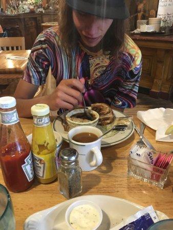 Brown Bear Cafe: photo3.jpg