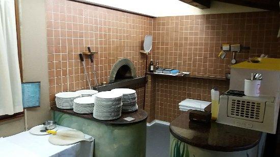 Ristorante Pizzeria Hotel Cappello: angolo pizzeria
