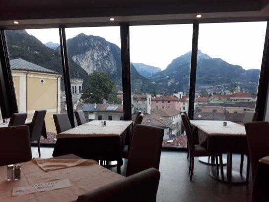 Grand Hotel Riva: Utsikt fra restauranten.