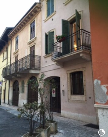 Truly Verona: photo1.jpg
