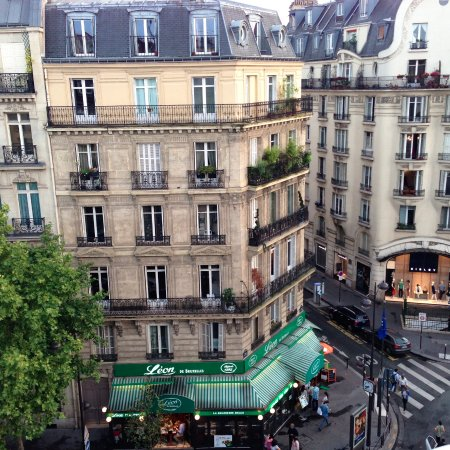 La Maison Saint Germain: view of street from the balcony