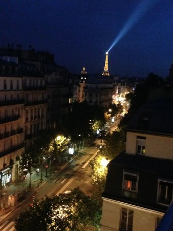 La Maison Saint Germain: night view