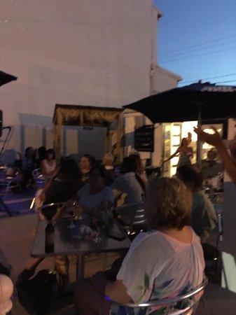 Pinckneyville, IL: Live music on the Patio
