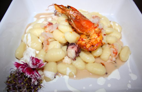 Gnocchi with octopus and shrimps