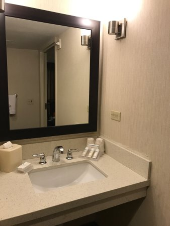 Hilton Garden Inn Phoenix Midtown: Didn't see too many recent photos. Decided to help out :)