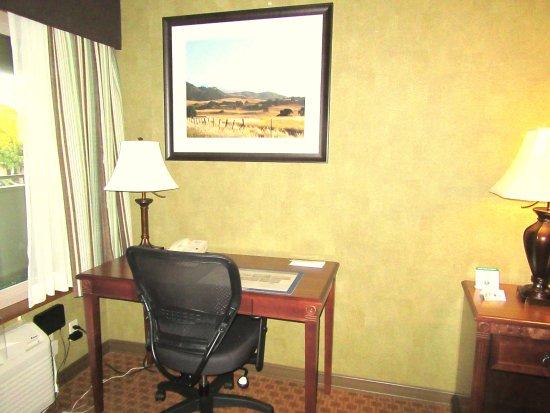 Desk Area, Best Western Plus Black Oak, Paso Robles, CA