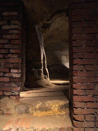 Fuehrungen im Felsenkeller-Labyrinth