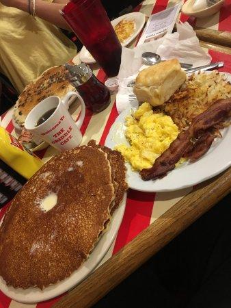 Griddle Cafe & Deli: photo0.jpg