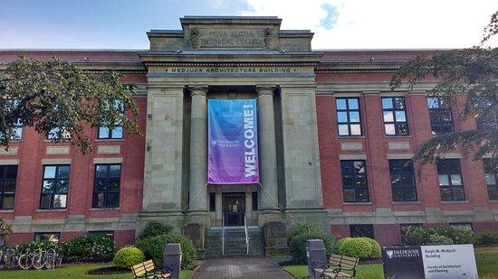 Dalhousie University: Medjuck Architecture Building