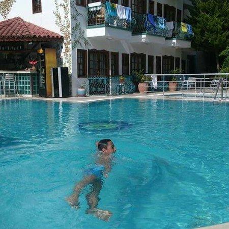 Kemer Ipek Hotel: IMG_20170726_223019_410_large.jpg