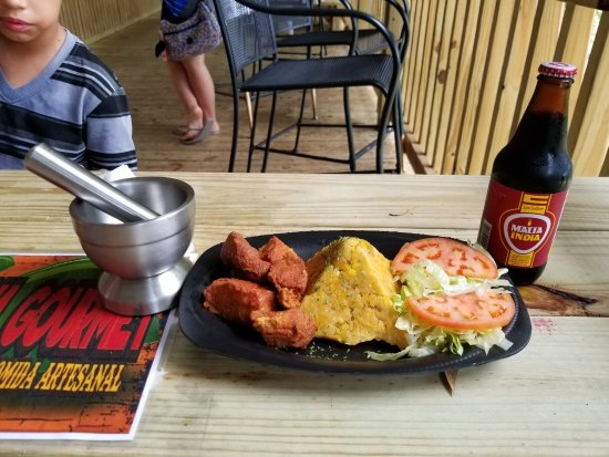 Things To Do in Gilligan's Island, Restaurants in Gilligan's Island