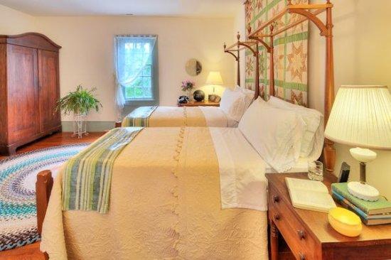South Boston, VA: Thomas Day Room