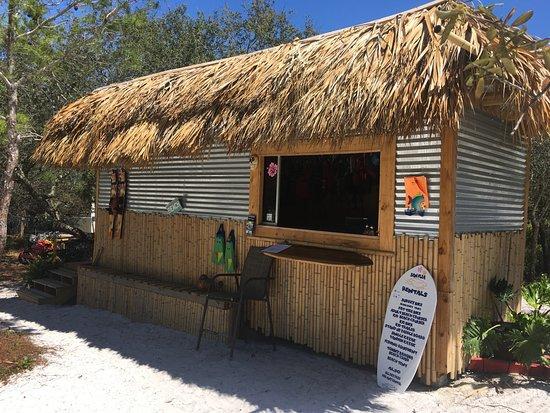 San Flea Rentals: San Flea Tiki hut