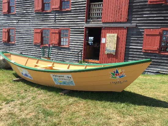 Shelburne, Canada: The starboard bow of the Canada 150 Dory.