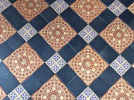 Padiham, UK: Floor Tiles.