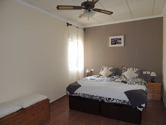 2 Persoons Bedombouw.2 Persoons Bed 180 X200 Van 6 8 Persoons Appartement Picture Of