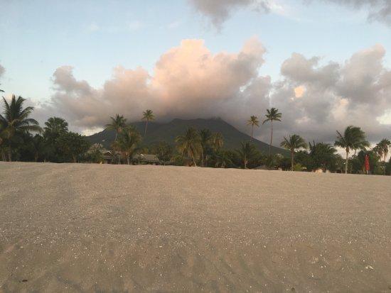 Pinney's Beach: photo1.jpg