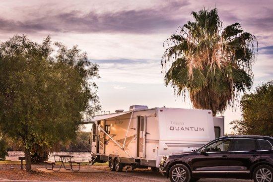 Ehrenberg, AZ: RIverfront RV sites