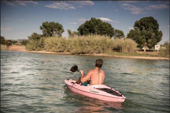 Ehrenberg, AZ : Kayaking, SUPs, tubing