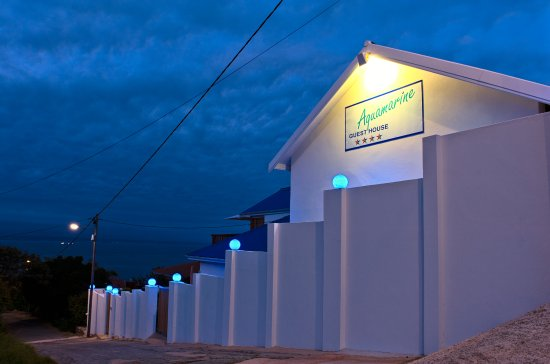 Aquamarine Guest House: Western side Street view