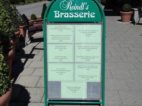 Reindl's: ランチには、価格も手ごろでお薦めします