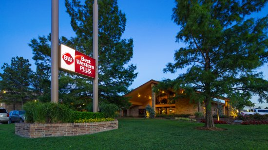 Best Western Plus Saddleback Inn & Conference Center Photo