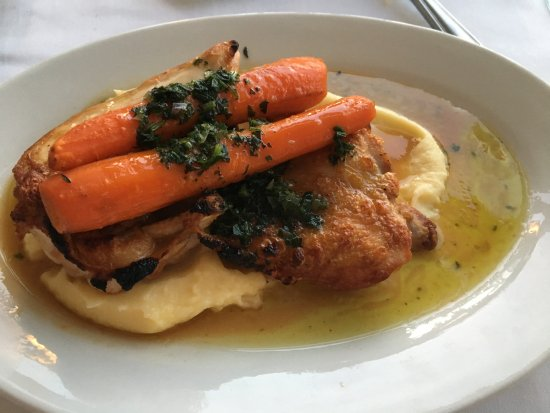 The Pridwin Hotel: Chicken, potatoes and carrots