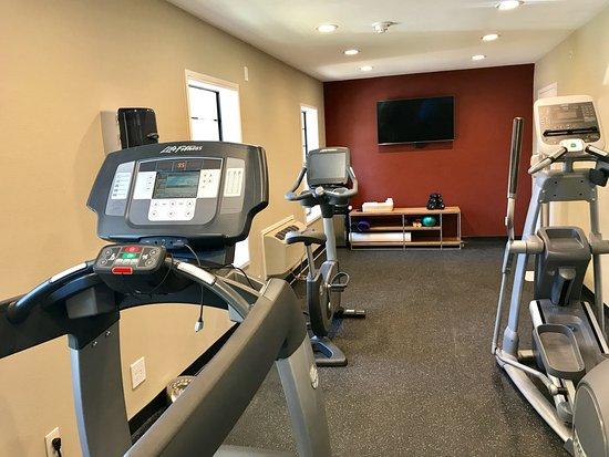 Saratoga, CA: Fitness Center Open 24 Hours