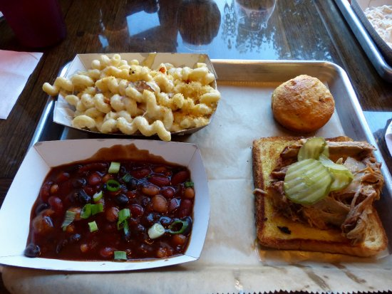 Greenville, OH: Pulled Pork, Bacon Mac N' Cheese and Cowboy Beans