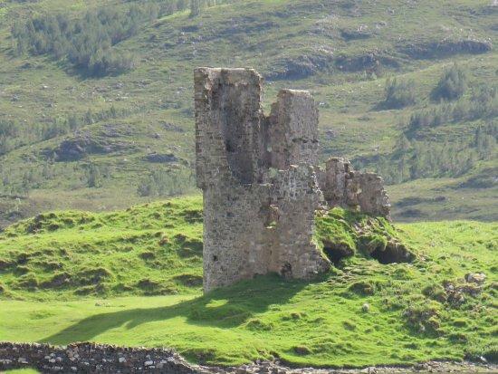 Assynt, UK: Ardvreck Castle, sous le soleil