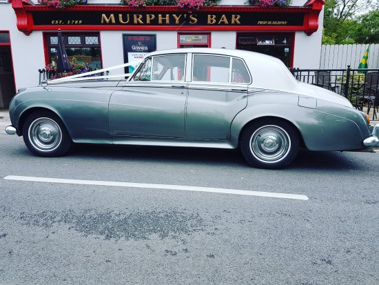 Boolteens, Ierland: arriving to Murphy's Bar in style