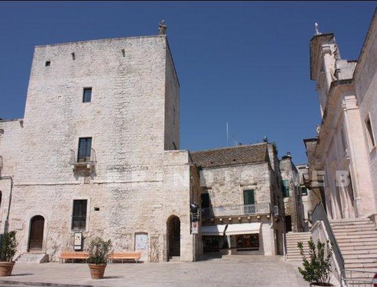 Cisternino, Italie : Torre Civica Normanno Sveva