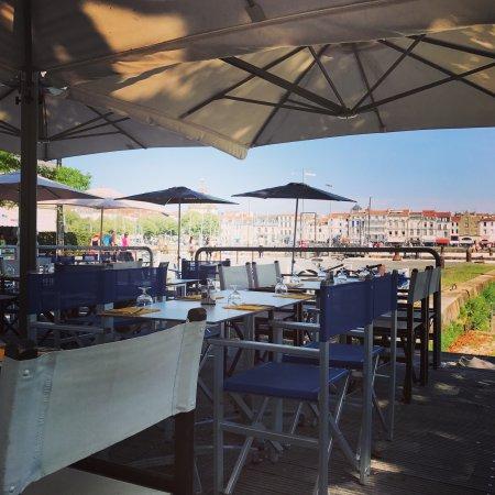 Aux pontons du vieux port la rochelle restaurant avis num ro de t l phone photos tripadvisor - Restaurant vieux port la rochelle ...