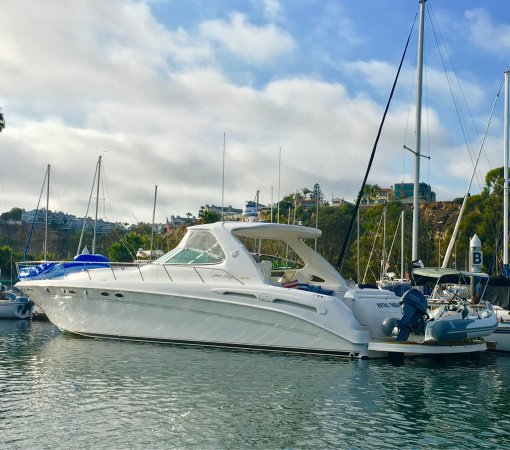 DANA POINT HARBOR, CA!  Everyone needs a little RETAIL THERAPY (I ❤️this boat)!
