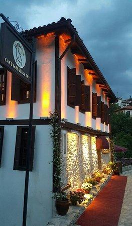 İki Kaşık Restaurant