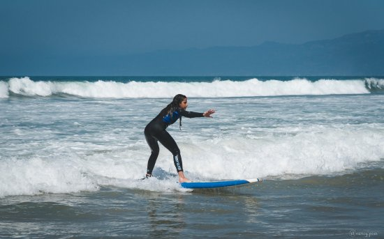 Wavehuggers: Fun waves make for a perfect session for a beginner.