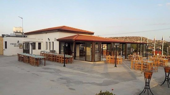 Alethriko, Кипр: Enjoy Cyprus traditional meals in a friendly environment.
