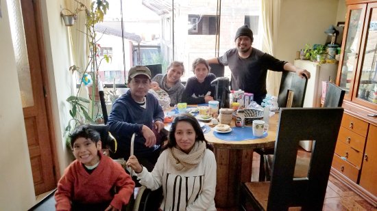 Proyecto Peru Centre: My host family. Geraldo, the oldest son, however was not present at the time of the picture.