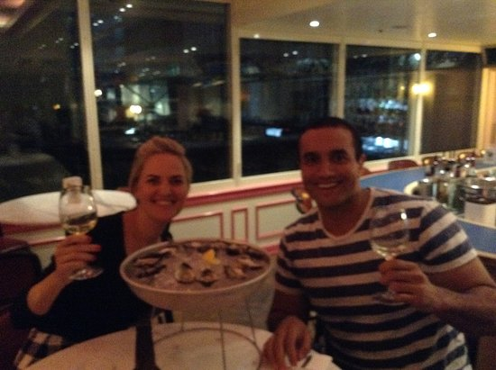 Welcome Walking Tours: $1 oysters after the tour at Cafe Ananas