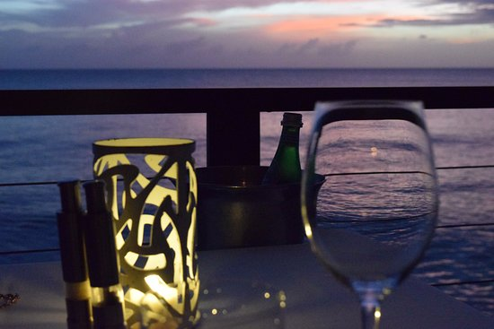 Prospect, Barbados: Sunset dinner @ Cin Cin by the Sea