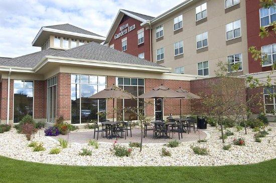 Hilton Garden Inn Rockford: Patio Dining