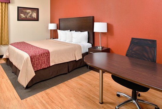 Red Roof Inn & Suites Columbus West Broad: Superior King