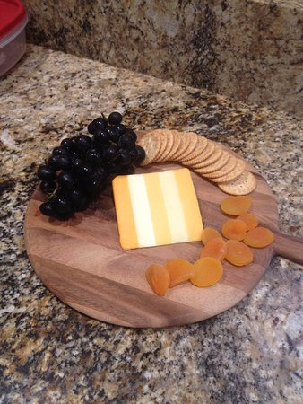 Stonewall, Техас: Order a fruit and cheese tray!