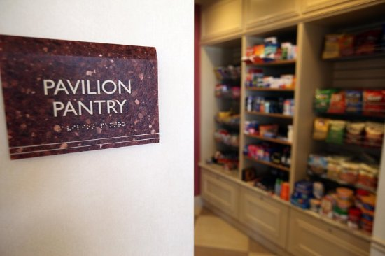 Hilton Garden Inn Houston Energy Corridor: Pavilion Pantry