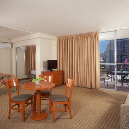 Pearl Hotel Waikiki: Aqua Waikiki Pearl 2 Bedroom Suite