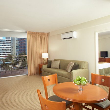 Aqua Waikiki Pearl 2 Bedroom Suite View Picture Of Pearl Hotel Waikiki Honolulu Tripadvisor