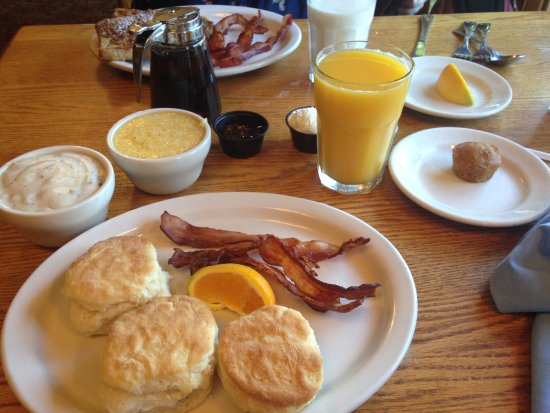 The Old Mill Restaurant: Biscuit Breakfast with Bacon