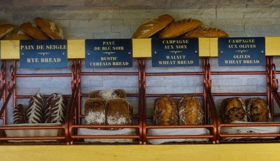 Sarafina's: Fabulous breads